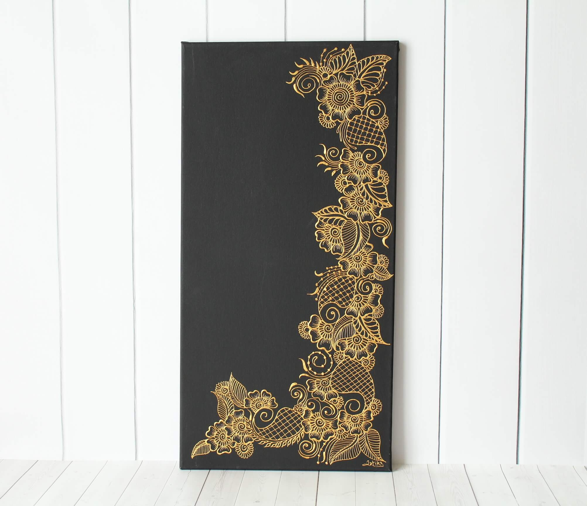 Henna Art - Floral Henna Art