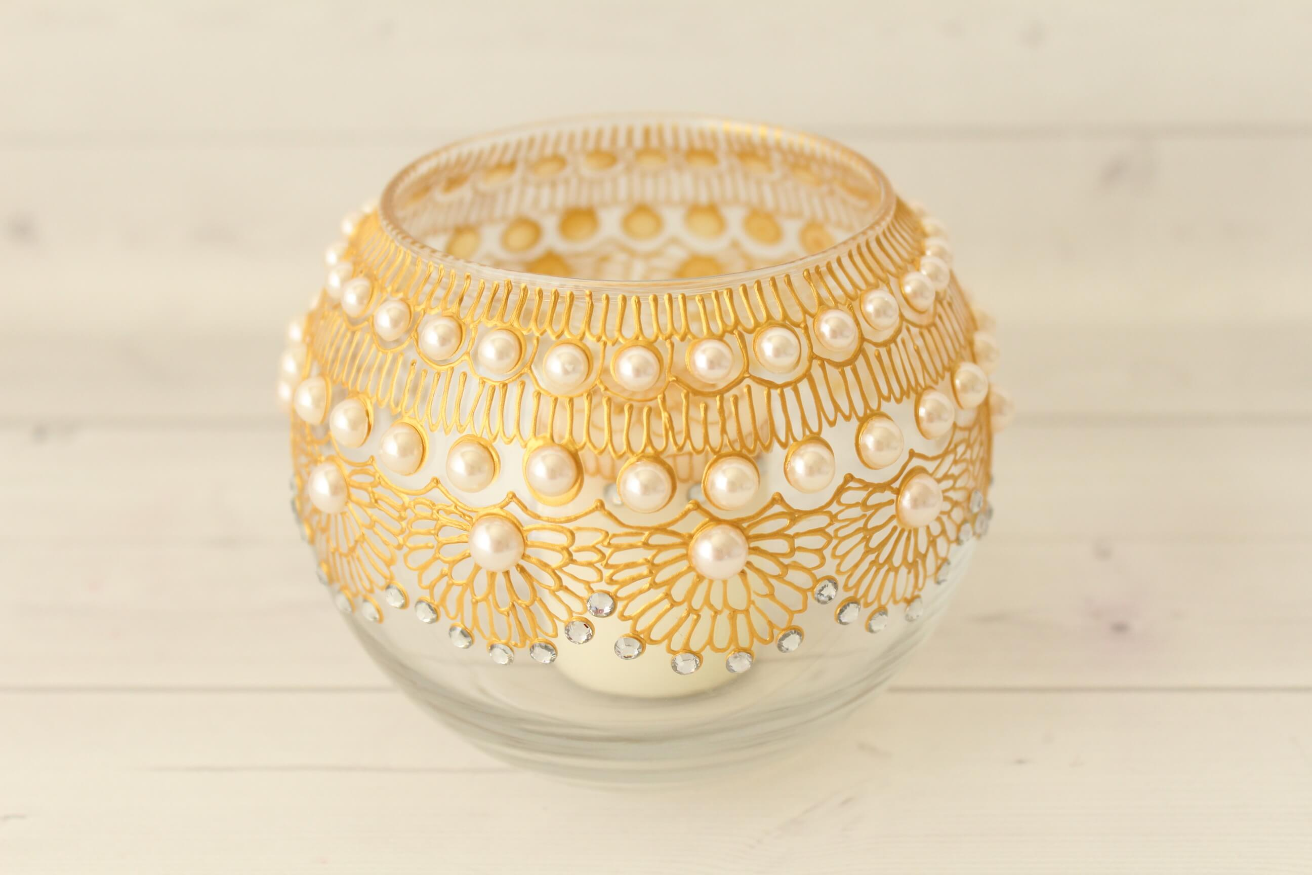 Candle Holder Bowl with Pearls